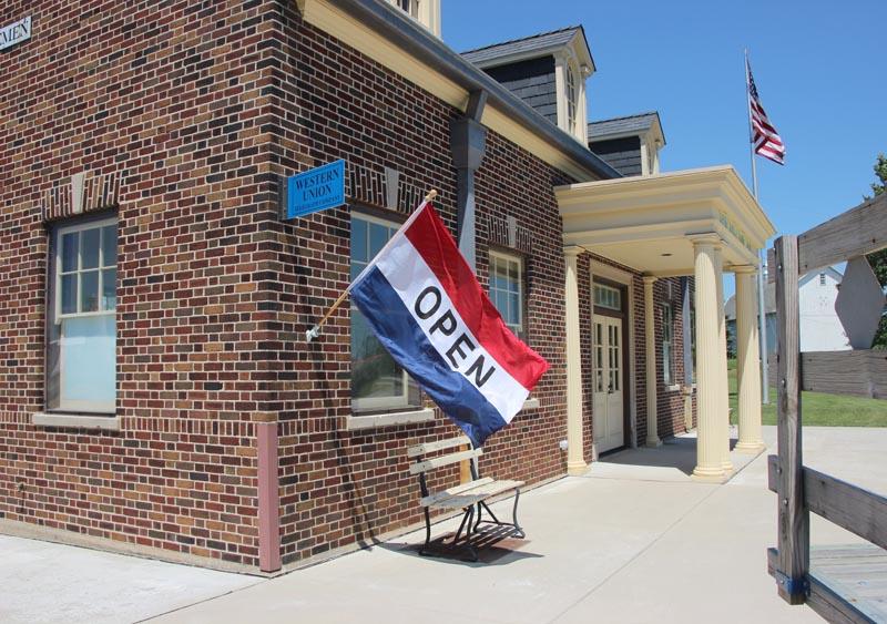 Bremen Depot open flag