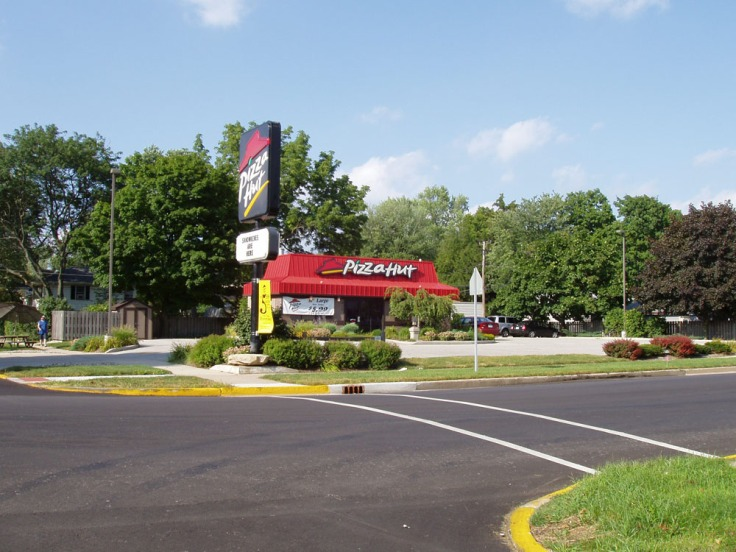 Pizza Hut - 2005 - small.jpg